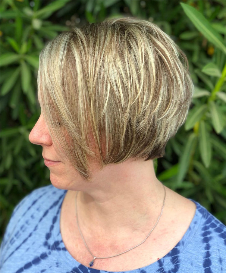 Cool Bob Haircut With Layers That You Must Try in 2021 19