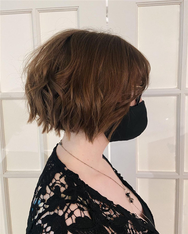 Cool Bob Haircut With Layers That You Must Try in 2021 29