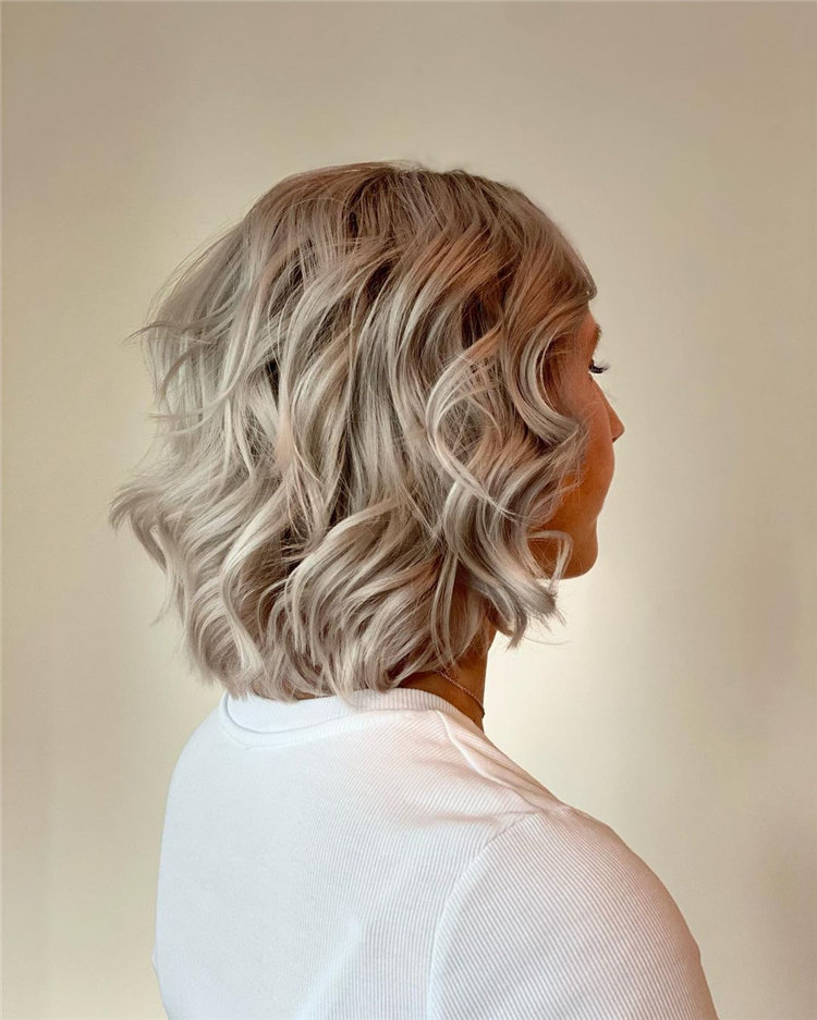 Cool Bob Haircut With Layers That You Must Try in 2021 33