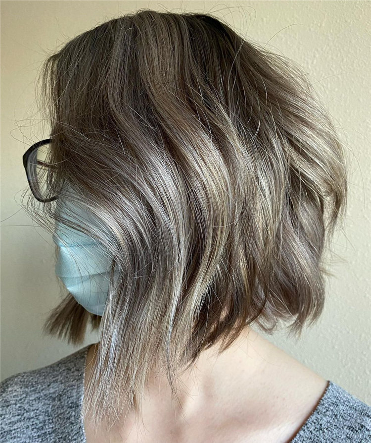 Cool Bob Haircut With Layers That You Must Try in 2021 35
