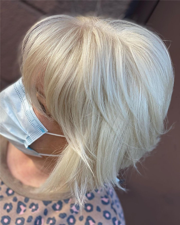 Cool Bob Haircut With Layers That You Must Try in 2021 37