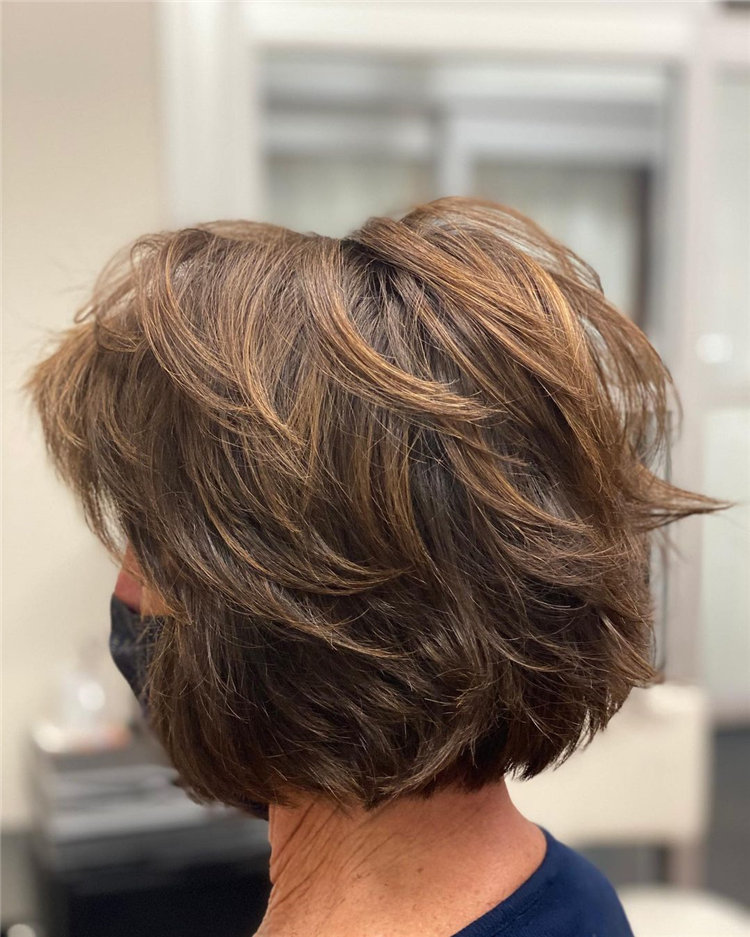 Cool Bob Haircut With Layers That You Must Try in 2021 40