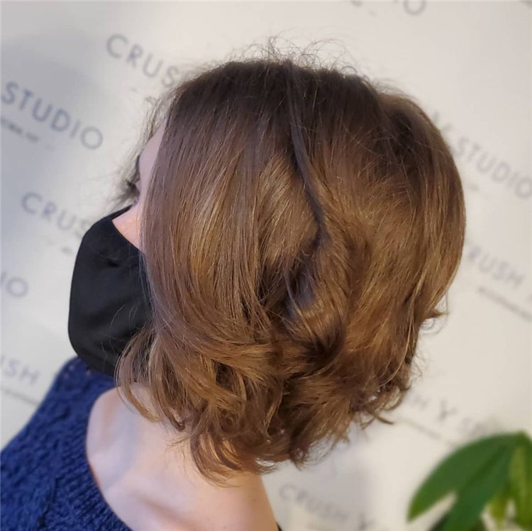 Cool Bob Haircut With Layers That You Must Try in 2021 42