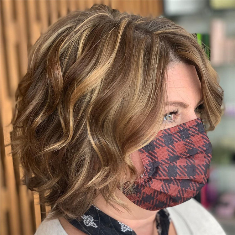 Cool Bob Haircut With Layers That You Must Try in 2021 43