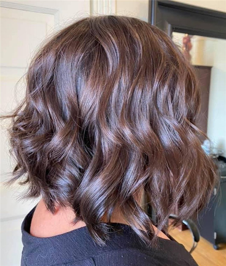 Cool Bob Haircut With Layers That You Must Try in 2021 44