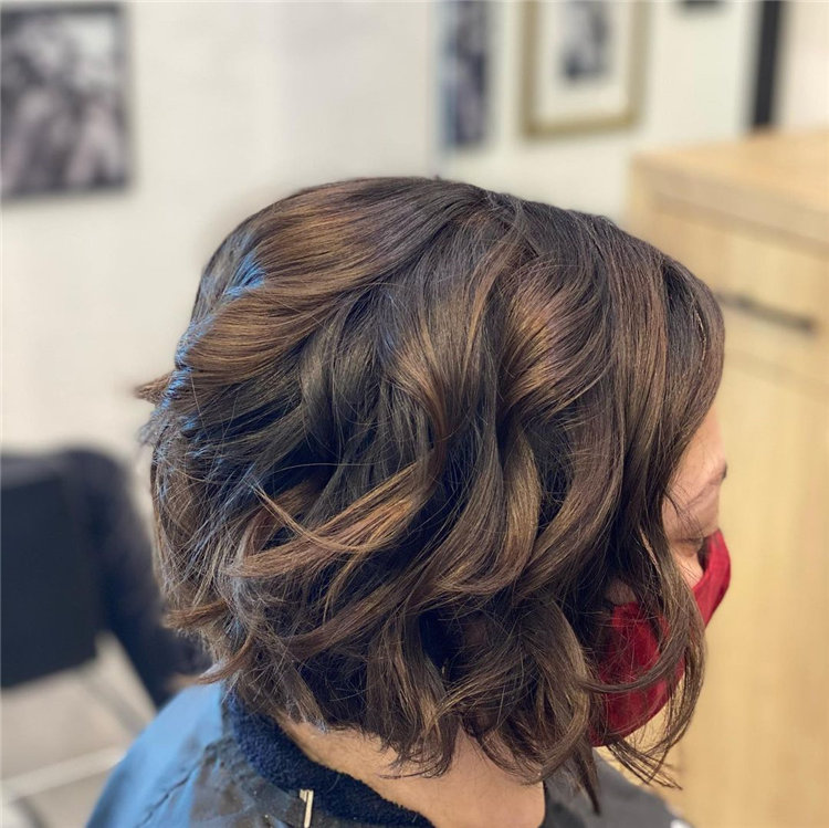 Cool Bob Haircut With Layers That You Must Try in 2021 47