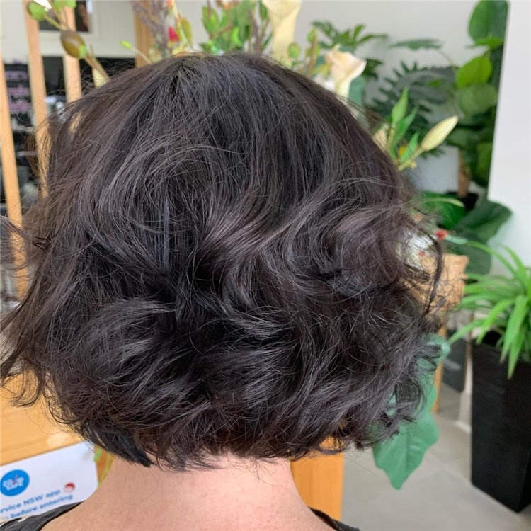 Cool Bob Haircut With Layers That You Must Try in 2021 49