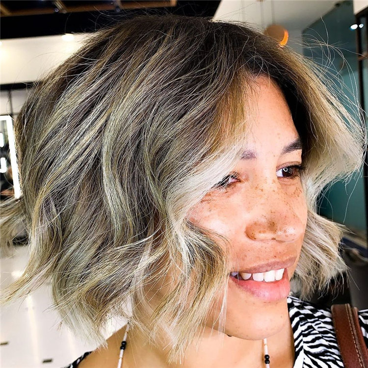 Cool Bob Haircut With Layers That You Must Try in 2021 52