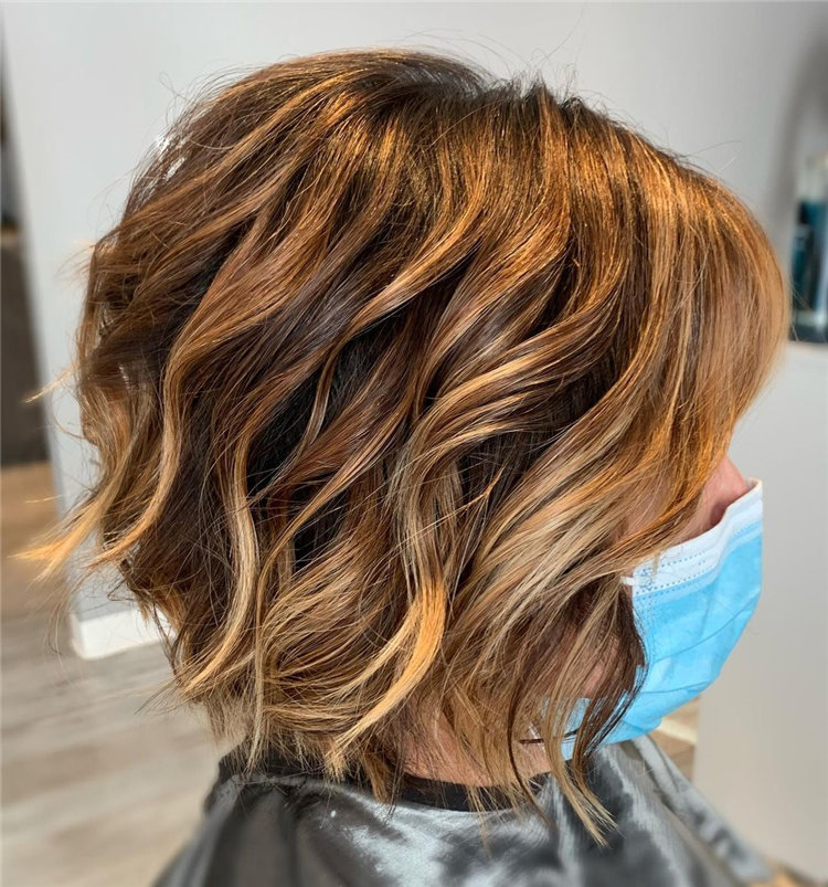 Cool Bob Haircut With Layers That You Must Try in 2021 53