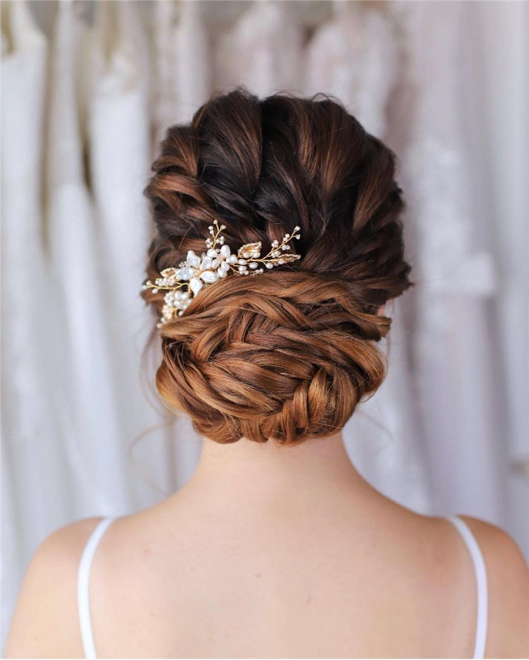 Low Bun Updo 1