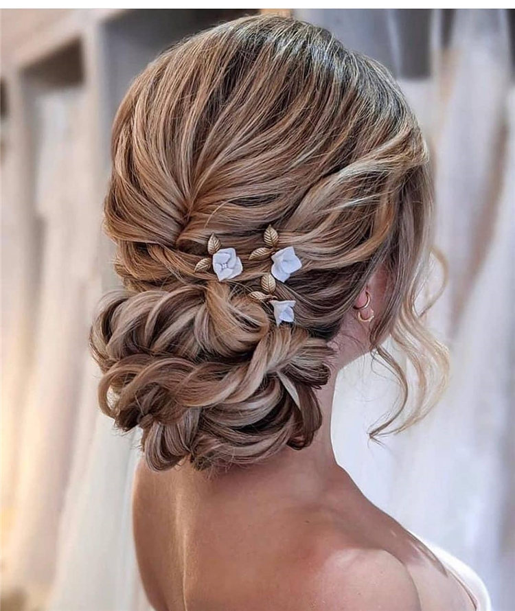 Low Bun Wedding Hairstyles