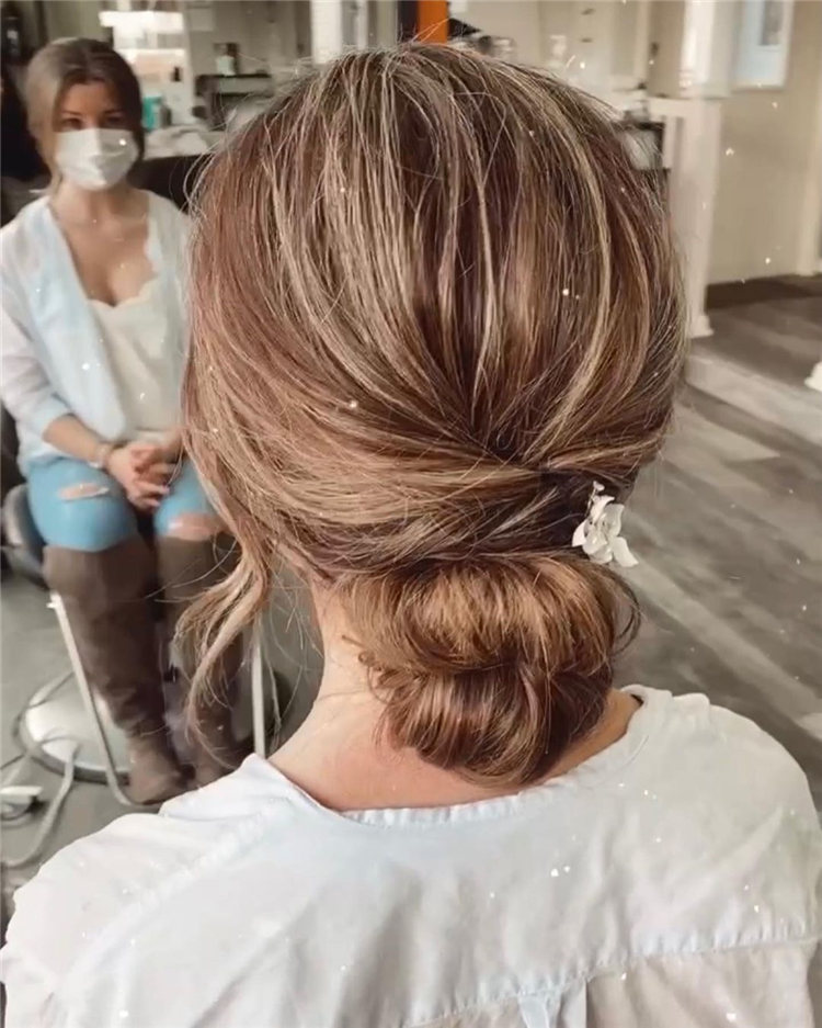 Messy Texture Hairstyle