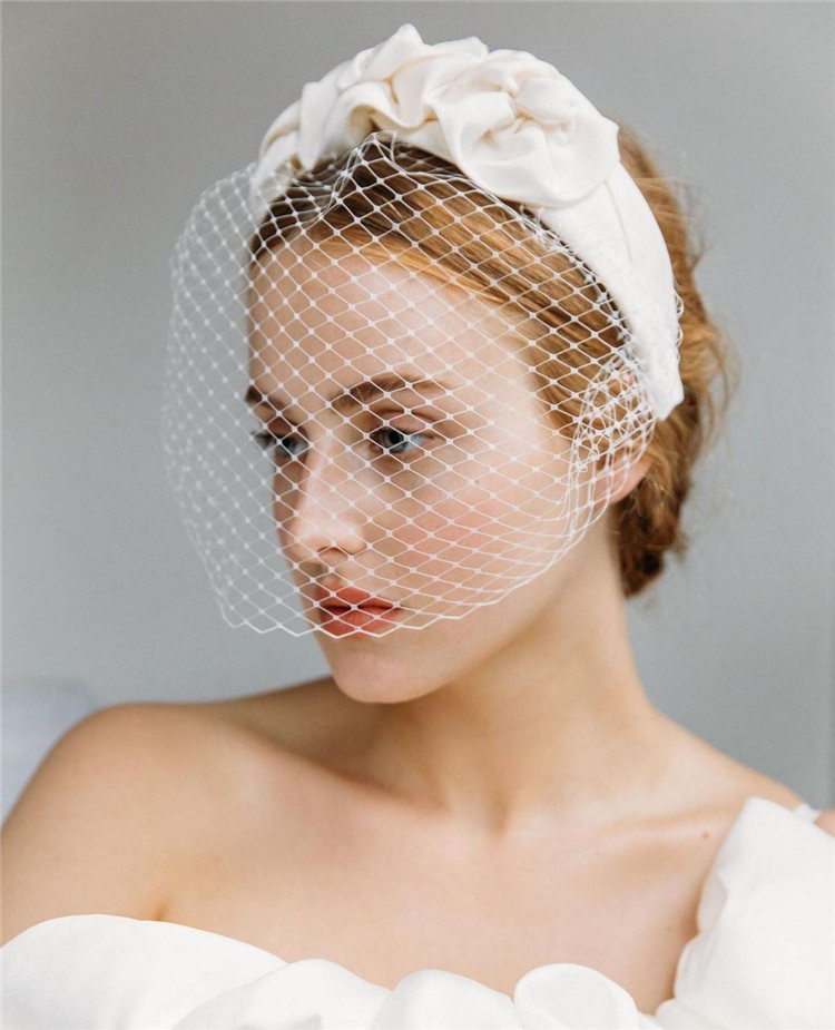 Wedding Hairstyles with Veil to Look Gorgeous for 2021 04