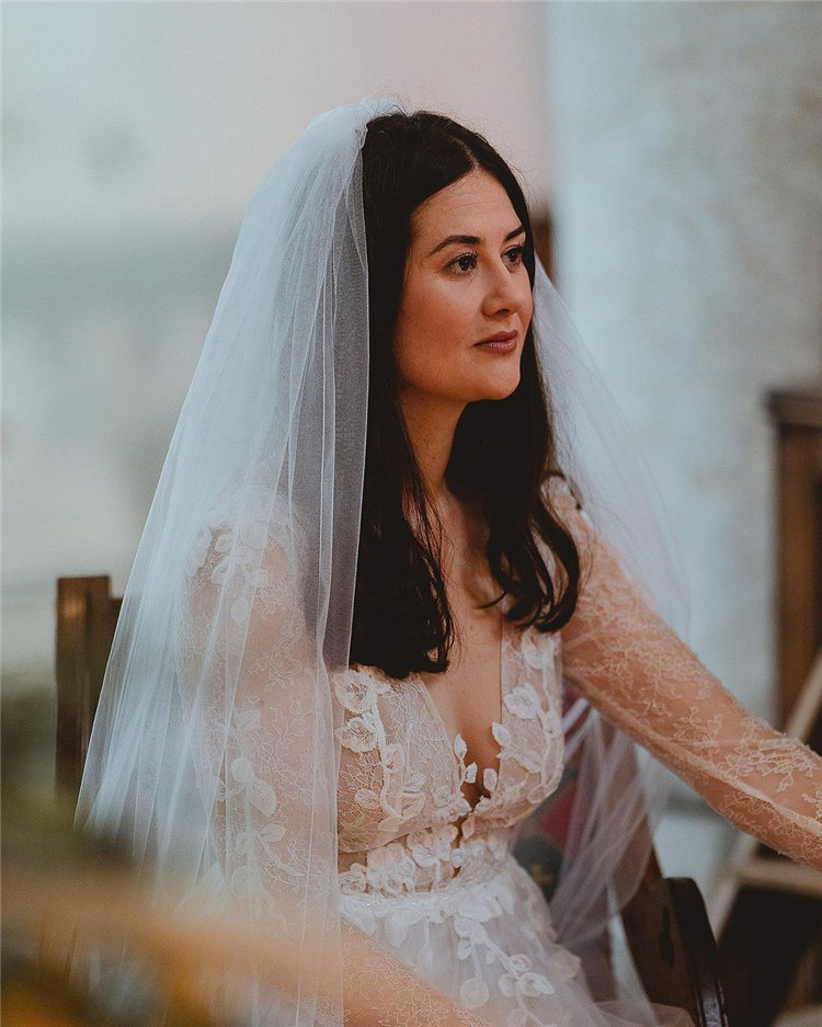 Wedding Hairstyles with Veil to Look Gorgeous for 2021 10