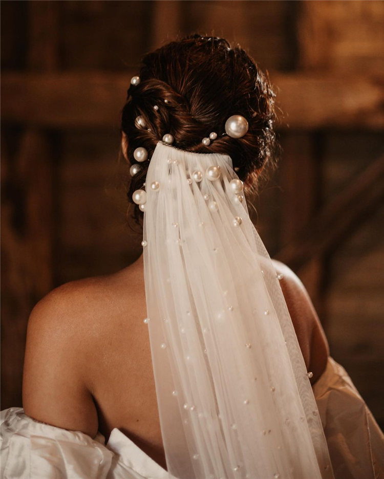 Wedding Hairstyles with Veil to Look Gorgeous for 2021 16