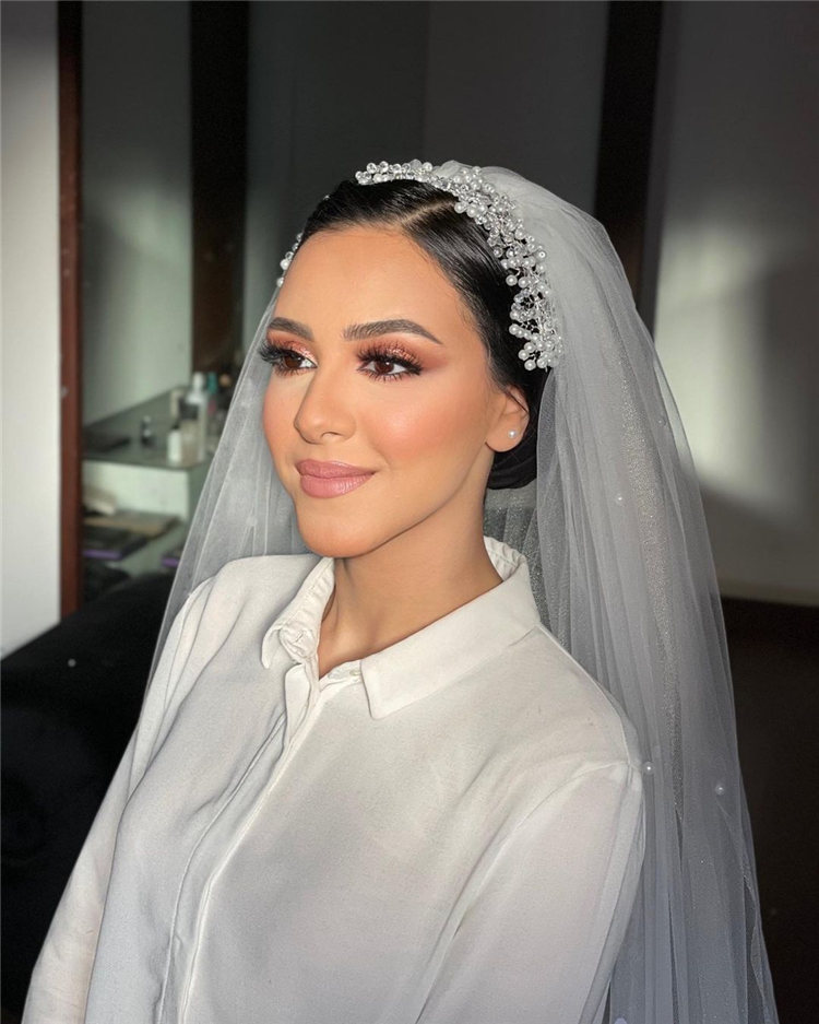 Wedding Hairstyles with Veil to Look Gorgeous for 2021 32