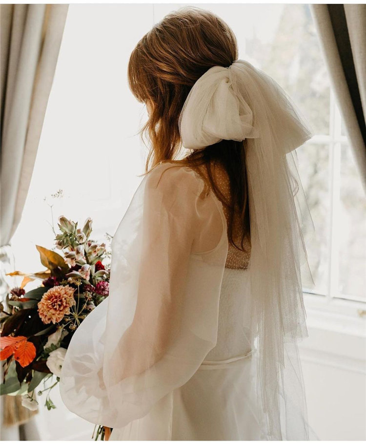 Wedding Hairstyles with Veil to Look Gorgeous for 2021 35