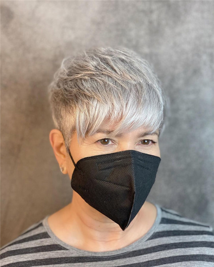 Short and Sexy Silver Haircut