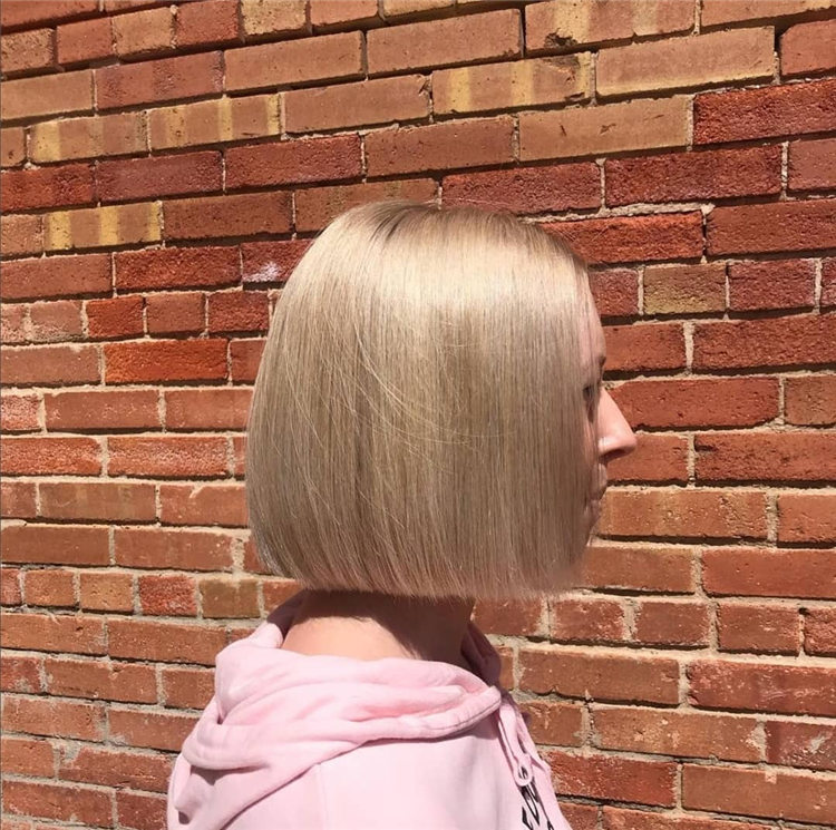 Smooth Blonde Bob