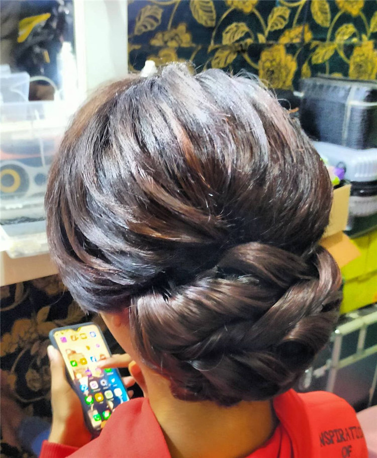Updo Style for Medium Hair