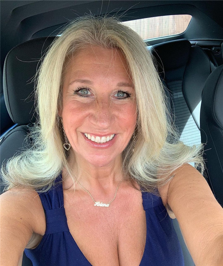 Blonde Highlights for Over 50 Hair