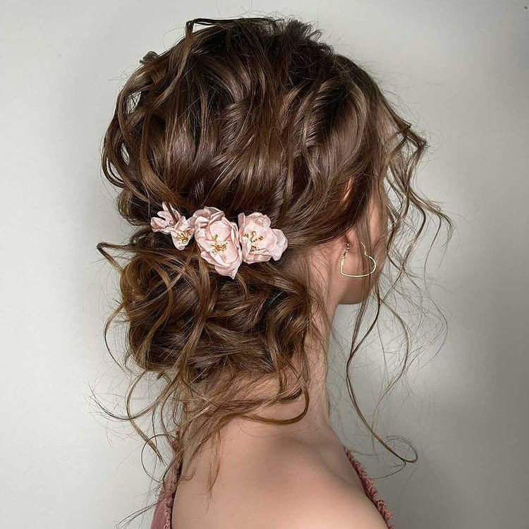 Dreamy Loose Hair Updo