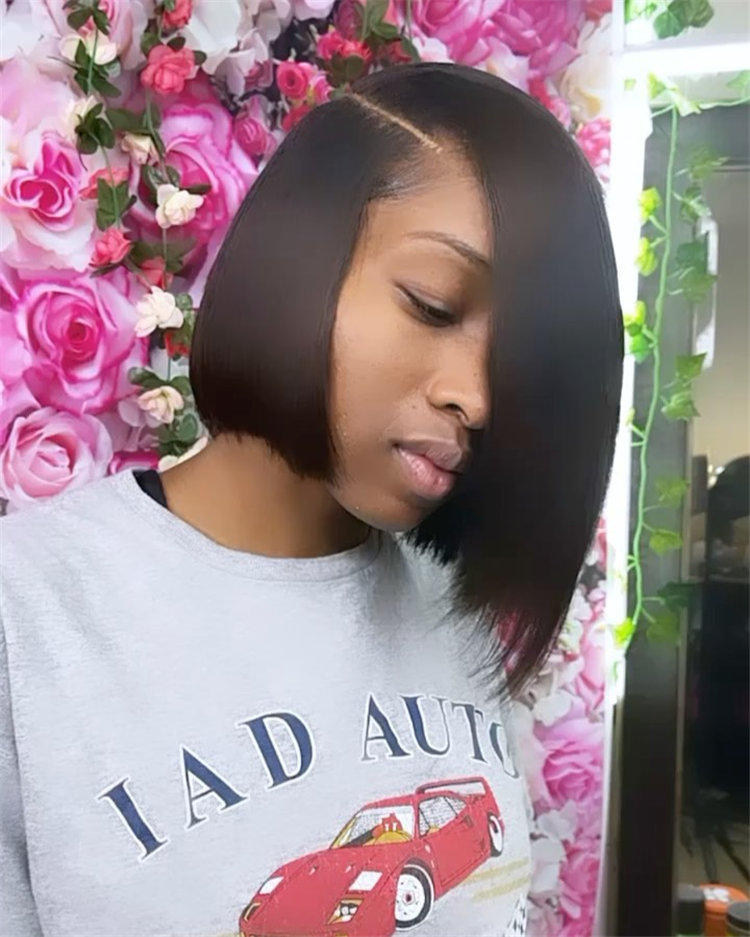 Gorgeous Side Part Bob with Winning Looks 23