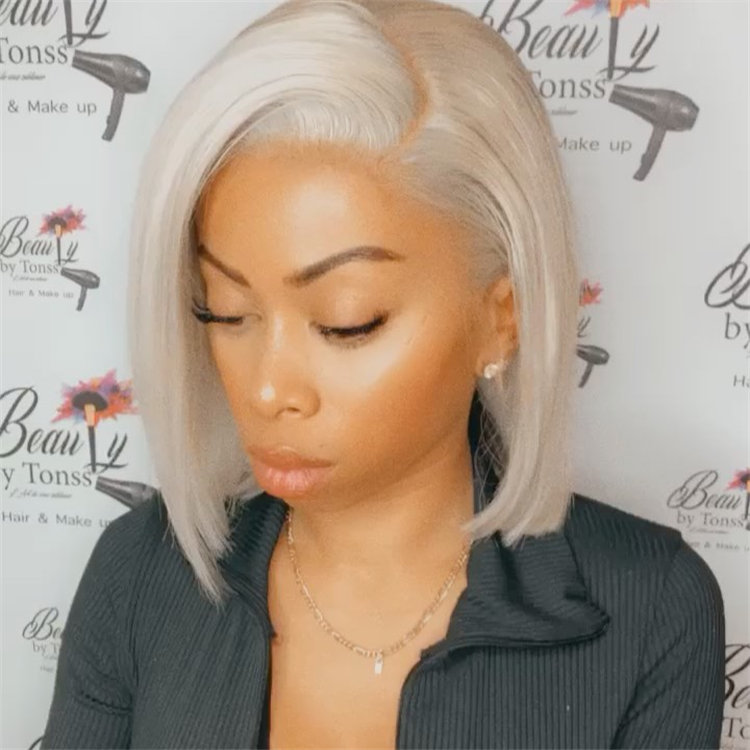 Gorgeous Side Part Bob with Winning Looks 29