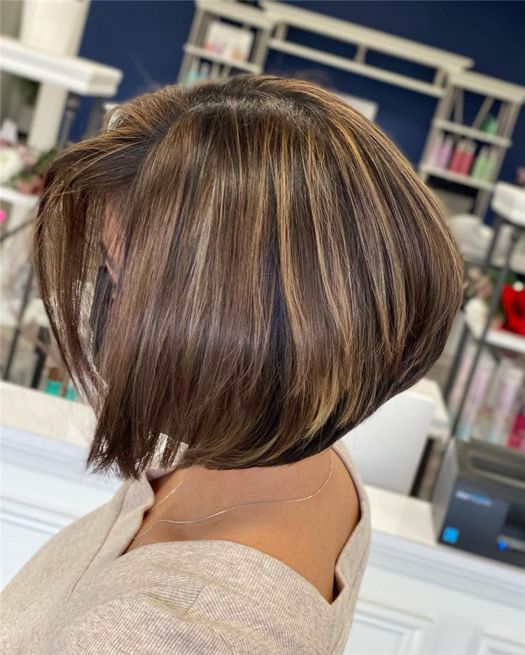 Gorgeous Side Part Bob with Winning Looks 33