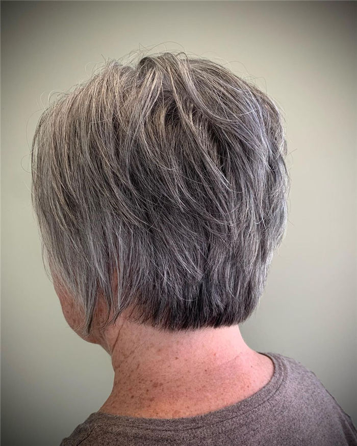 Simple Sassy Inverted Bob for Women Over 50 2